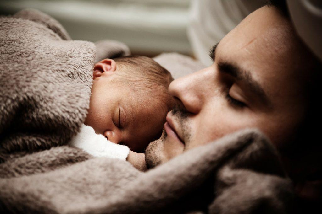 padre hijo dormir