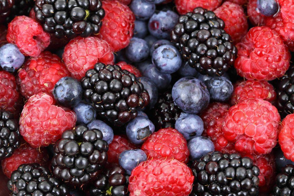 fruits red vitamin