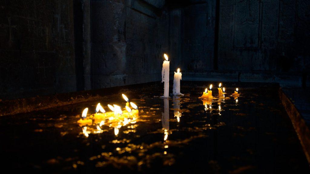 light cementery