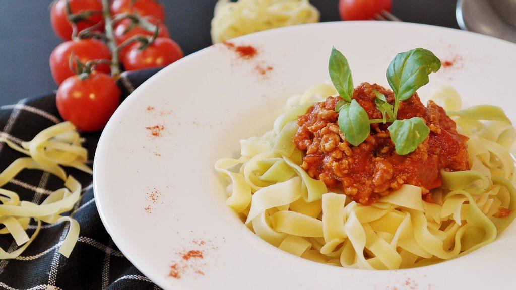 food meat pasta