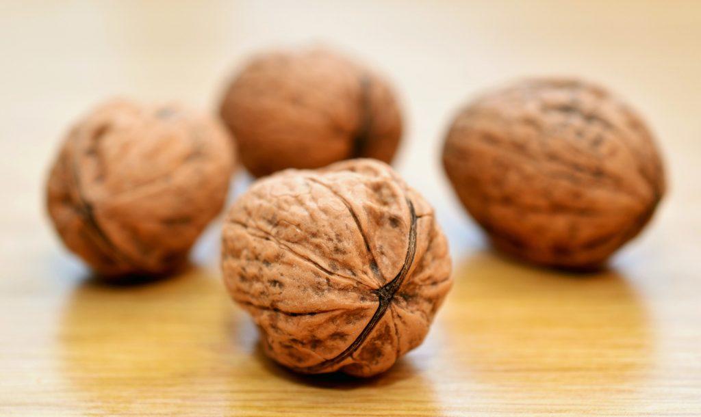 nuts foodi vegatable vegan vitamin